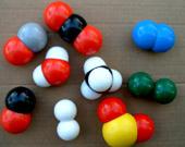 الذرات والجزيئات Atomes et Molecules image026.jpg